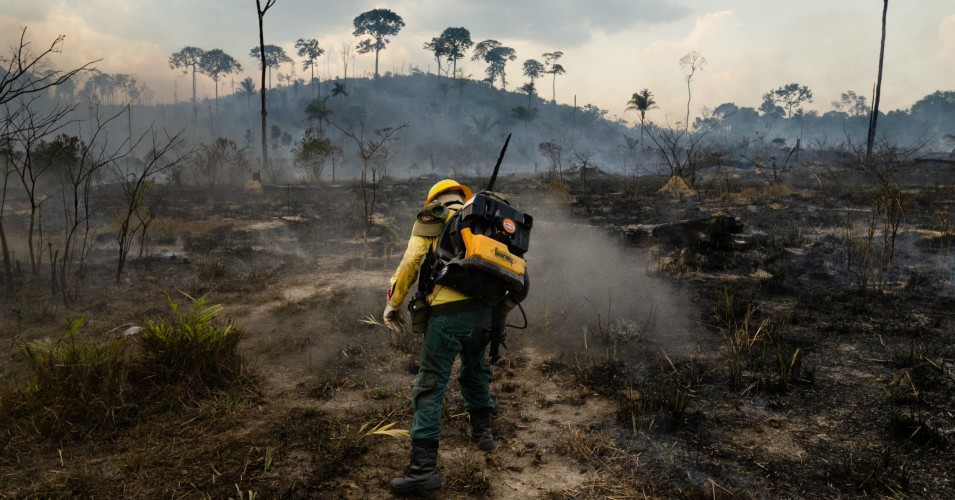Members of the forest fire brigade fighting the burning of the Amazon in northern Brazil. Photo provided by Gustavo Basso.