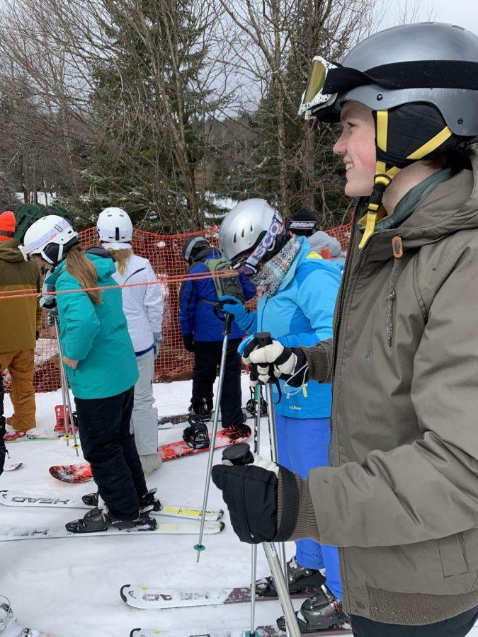 'Cats Ski through the Year
