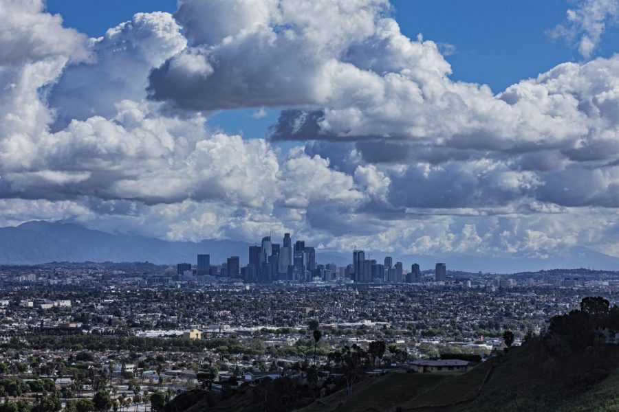 This+picture+of+the+Los+Angeles+skyline+shows+there+is+less+smog+above+the+city+than+there+was+before+the+Coronavirus+lockdowns.+Photo+provided+by+NBC+News.+