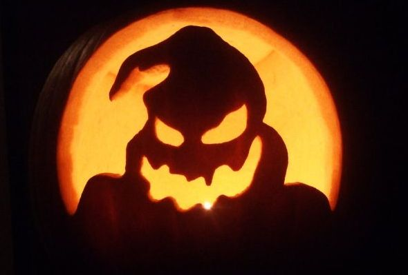 DexGreen, OogieBoogie-Pumpkin[carving]. http://molempire.com/2011/10/18/18-inspirational-pumpkin-carvings-for-halloween/